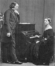 Шумен с супругой Кларой Вик фото