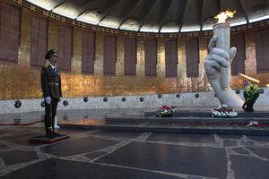 Вечная память павшим за Сталинград фото Зал воинской славы в Волгограде