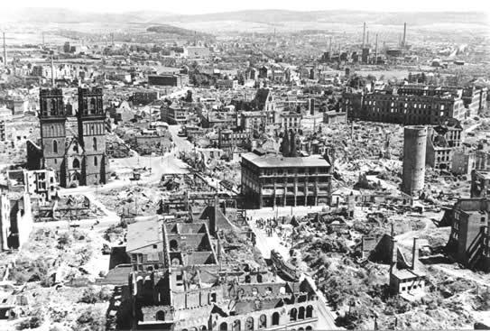 Бомбардировка Гамбурга фото